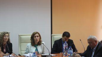 Обсъдиха проблемите на туристическия бранш на първа работна среща в новото министерство